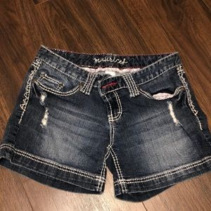 Maurice's Juniors Size 3/4 Jean shorts